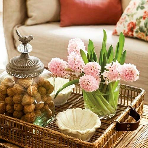 Cómo decorar tu mesa de centro con poco dinero y no morir en el intento